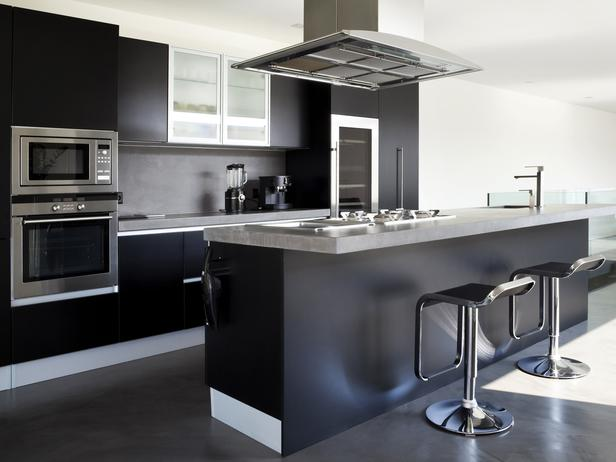 Black kitchen island Photo - 5