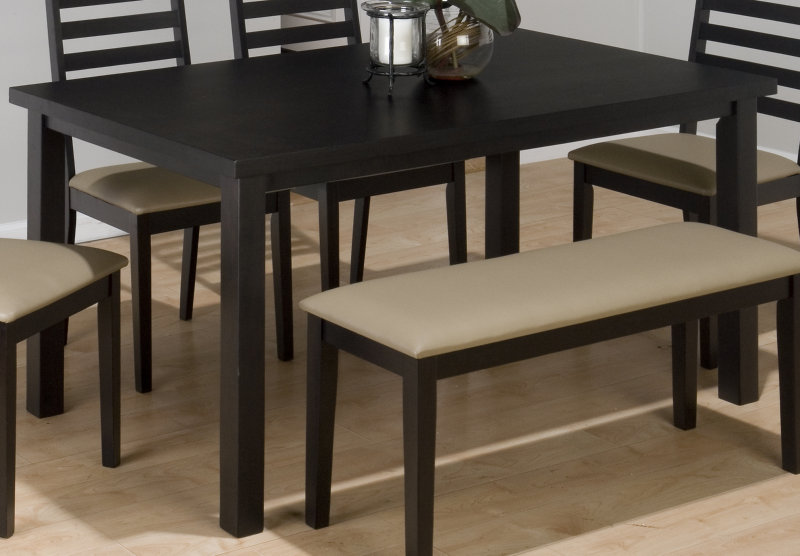 Black table in the kitchen bad manners or a sign of for Black kitchen table set