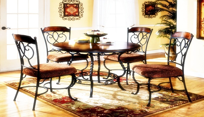 Affordable dining table arrangement kitchen ideas for Cheap small kitchen table sets