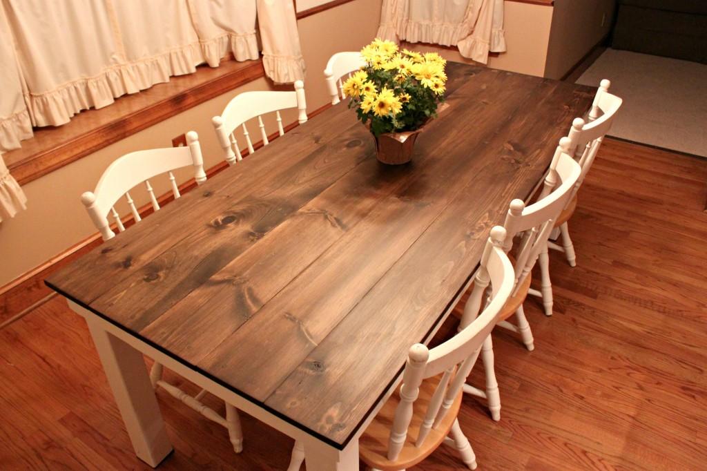 Farmhouse kitchen table Photo - 4