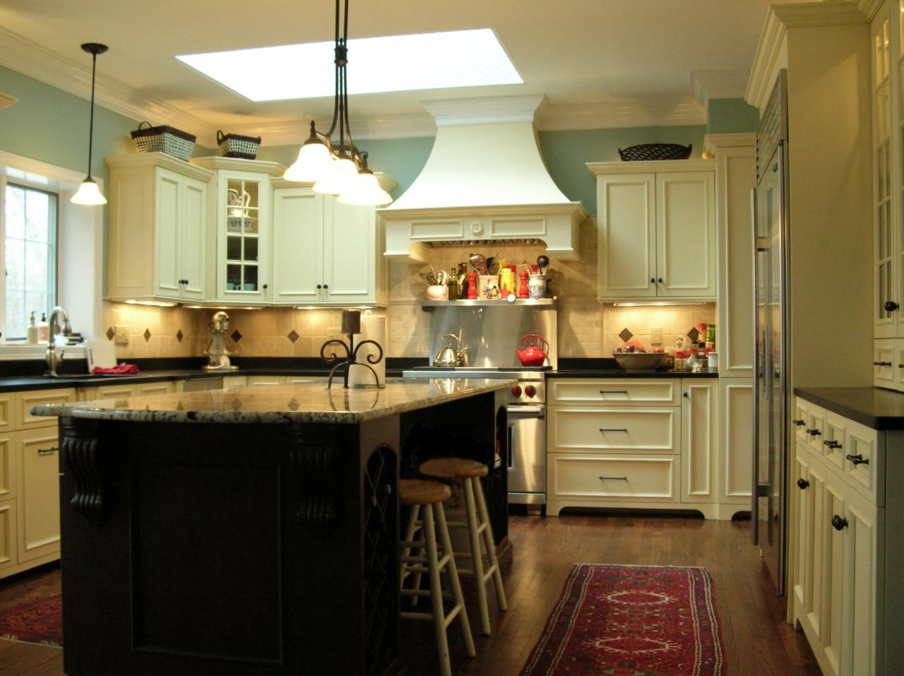 extend your cooking area with the help of a large kitchen island large kitchen island photo 7