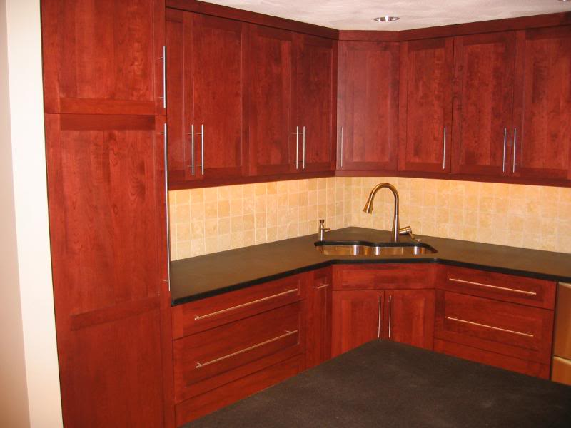 Bar pulls for kitchen cabinets Photo - 1
