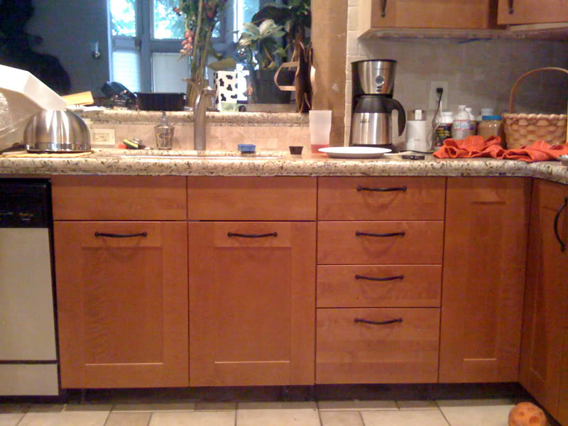 Bar pulls for kitchen cabinets Photo - 9