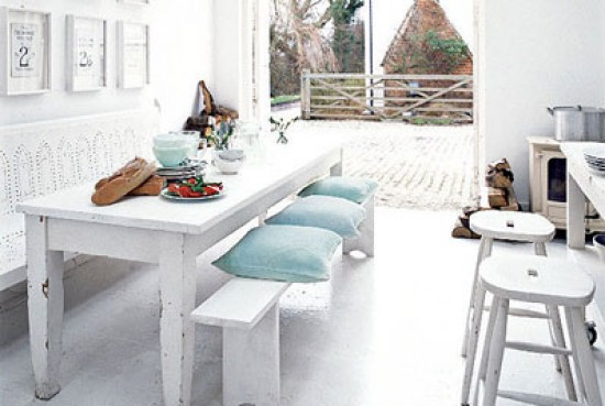 Bench Style Kitchen Tables