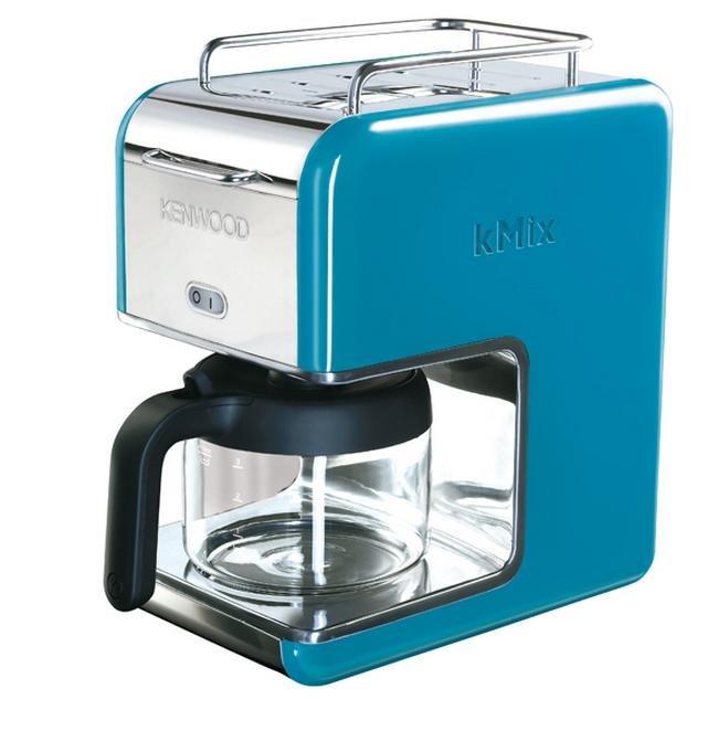 Blue kitchen appliances Photo - 1