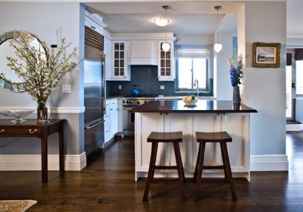Blue kitchen appliances Photo - 2