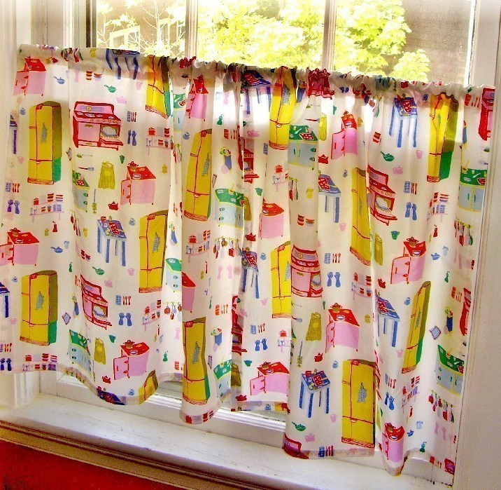 Colorful Kitchen Curtains Ideas