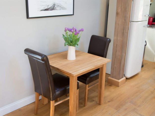 Compact dining room table and chairs