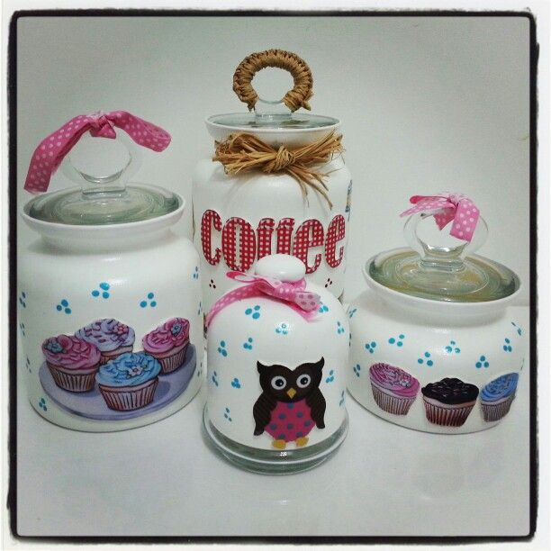 Cupcake decor for kitchen | Kitchen ideas