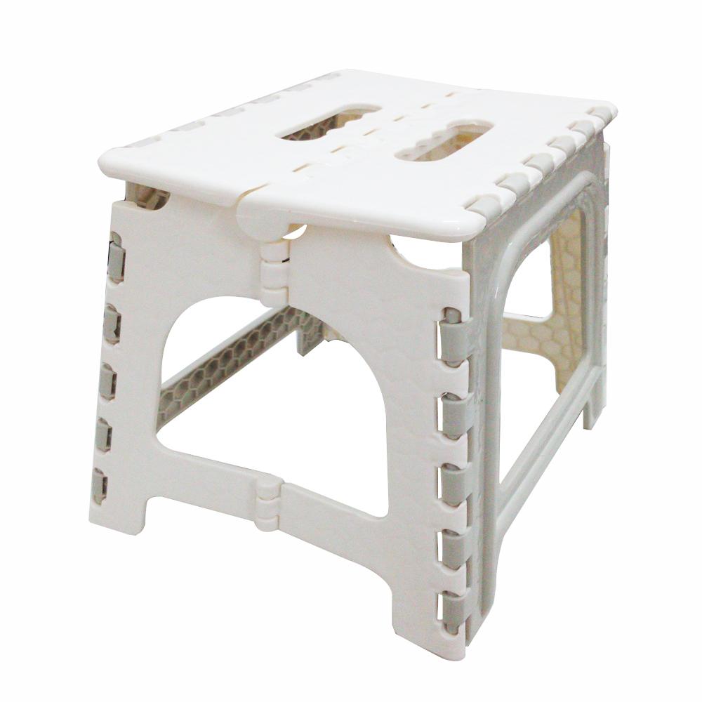 Folding kitchen step stool Photo - 12
