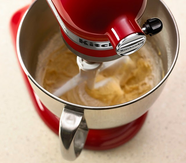 Kitchen aid classic stand mixer Photo - 10