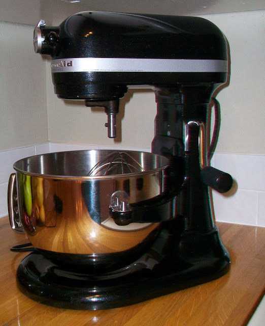 Kitchen aide mixer Photo - 9