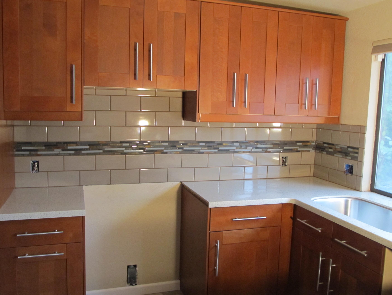 Kitchen appliance warehouse Photo - 11