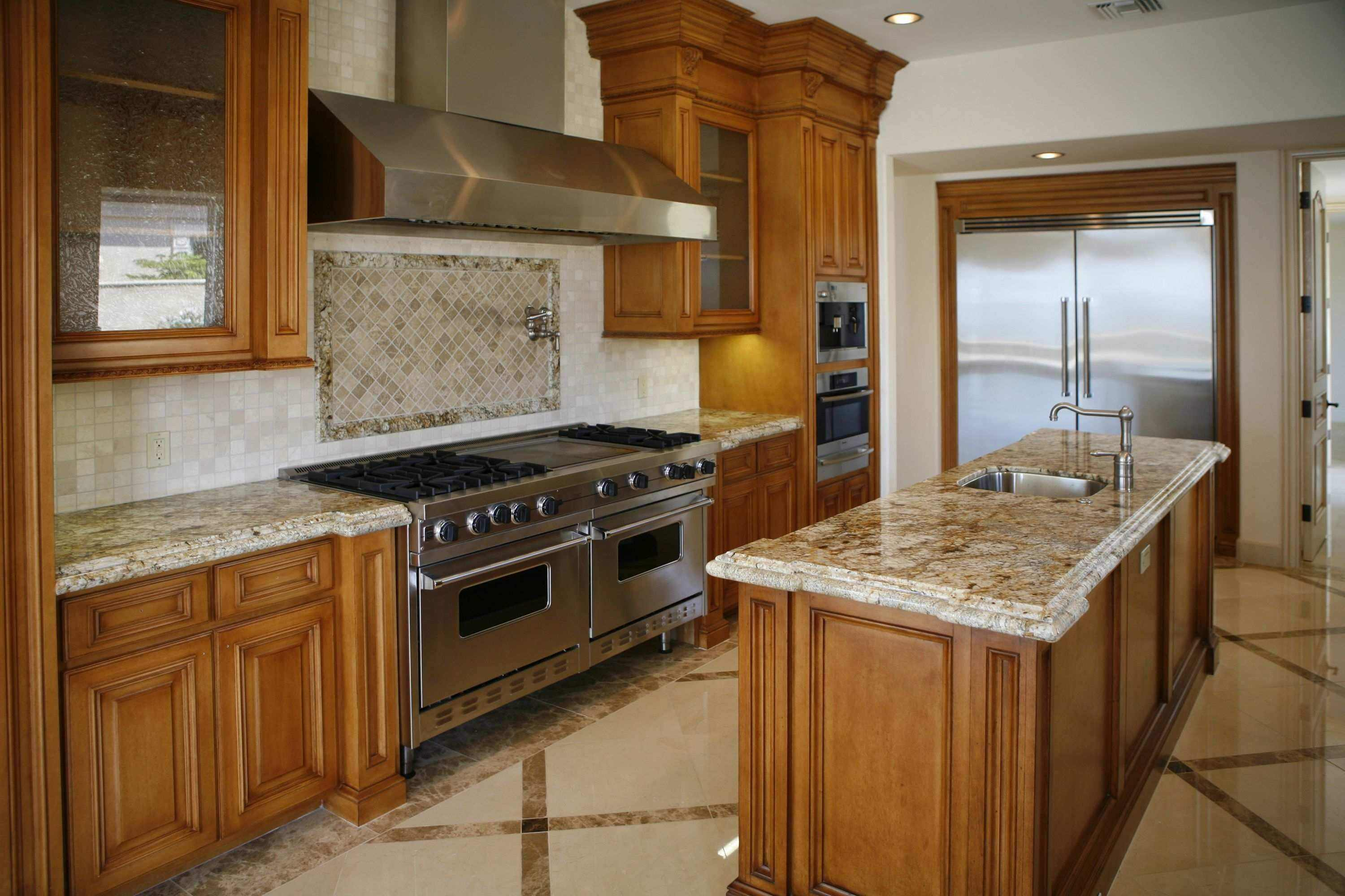 Kitchen armoire cabinets Photo - 9