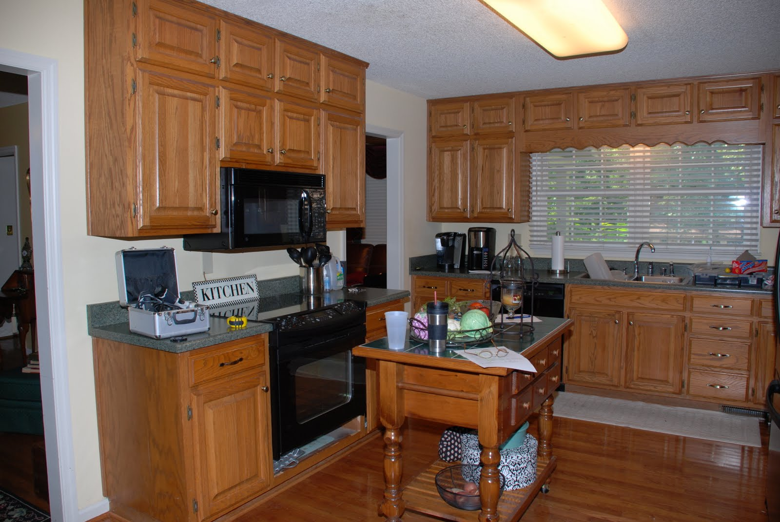 Kitchen armoire cabinets Photo - 5