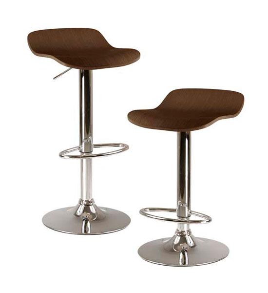 Kitchen bar and stools Photo - 1