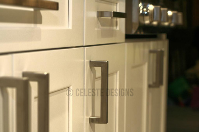 Kitchen cabinet bar pulls Photo - 11