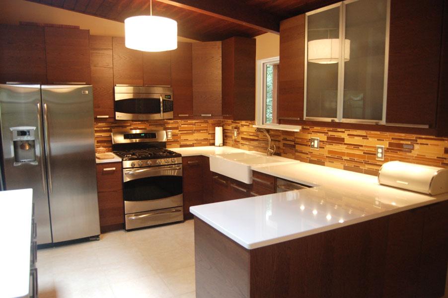 Kitchen cabinet door storage Photo - 4