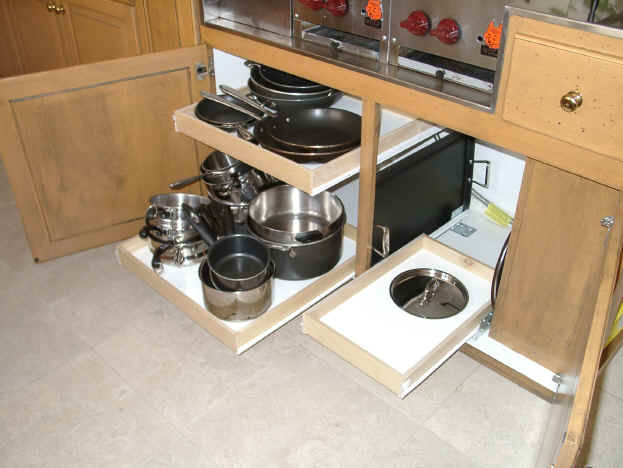 Kitchen cabinet drawers Photo - 4