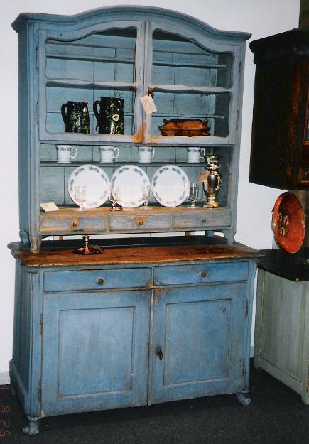 Kitchen cabinet hutch Photo - 5