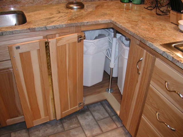 Kitchen cabinet organizing systems Photo - 4