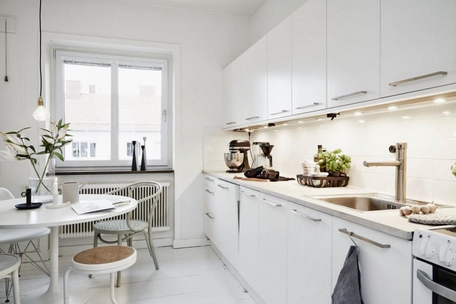Kitchen cabinet pot organizer Photo - 10