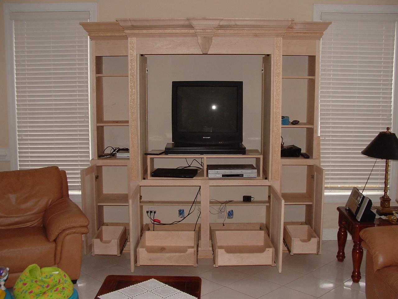 Kitchen cabinet shelving Photo - 5