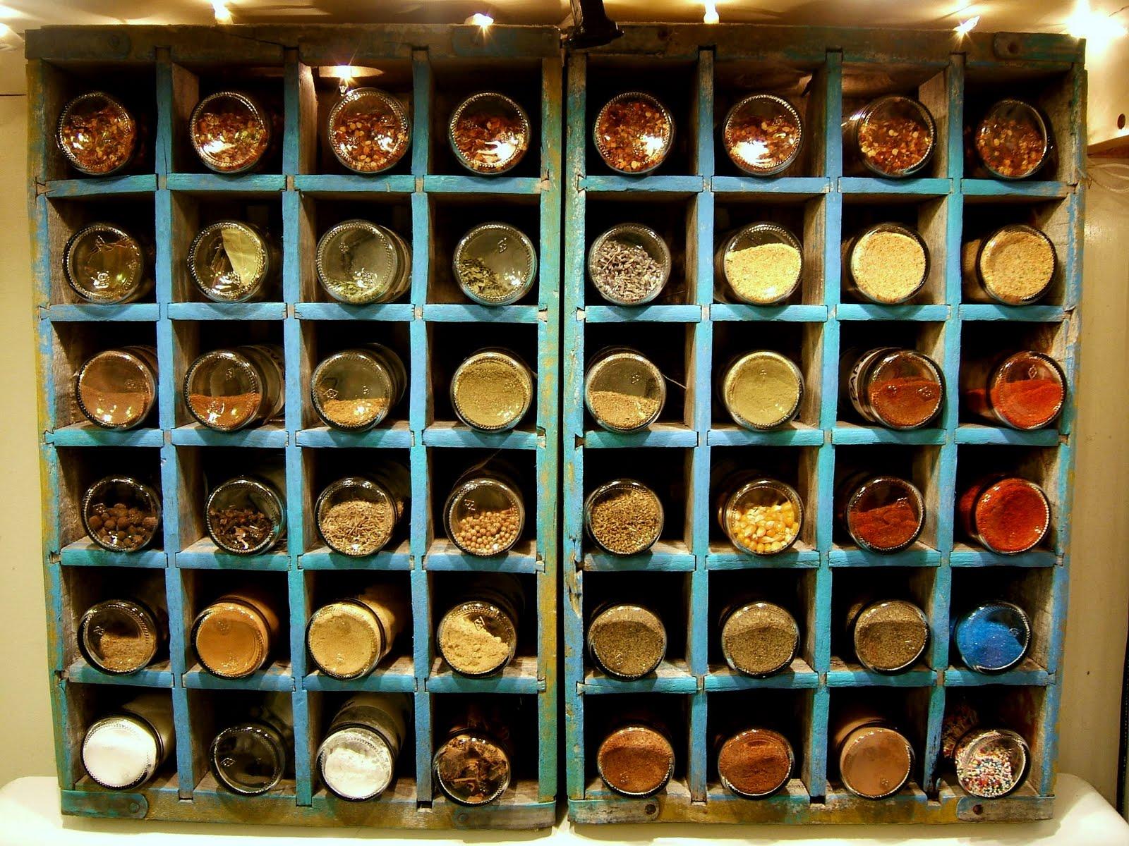 Kitchen cabinet spice rack Photo - 4