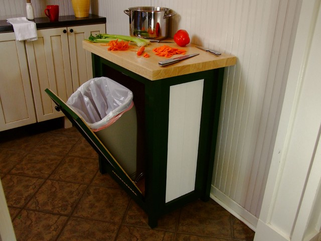 Kitchen cabinet trash can pull out Photo - 2
