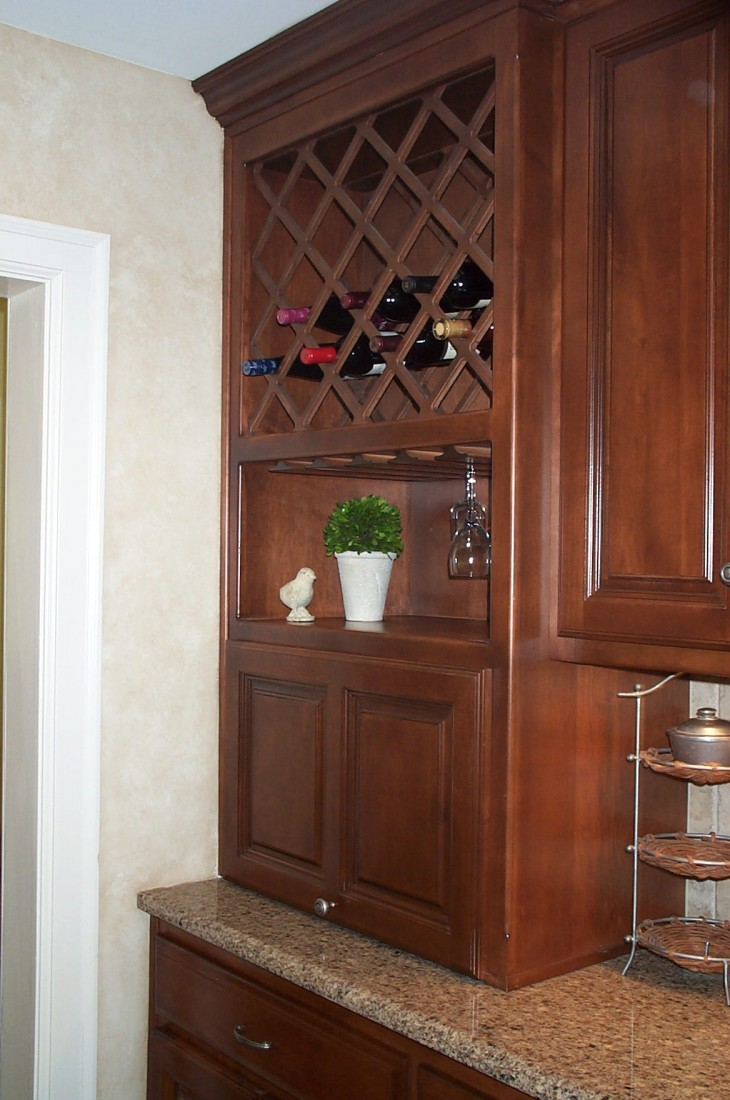 kitchen cabinet wine rack kitchen ideas. Black Bedroom Furniture Sets. Home Design Ideas