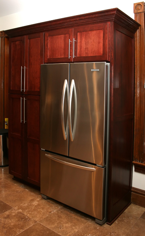 Kitchen cabinets pantry Photo - 1