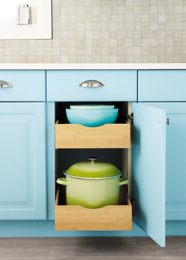 Kitchen cabinets with drawers Photo - 11