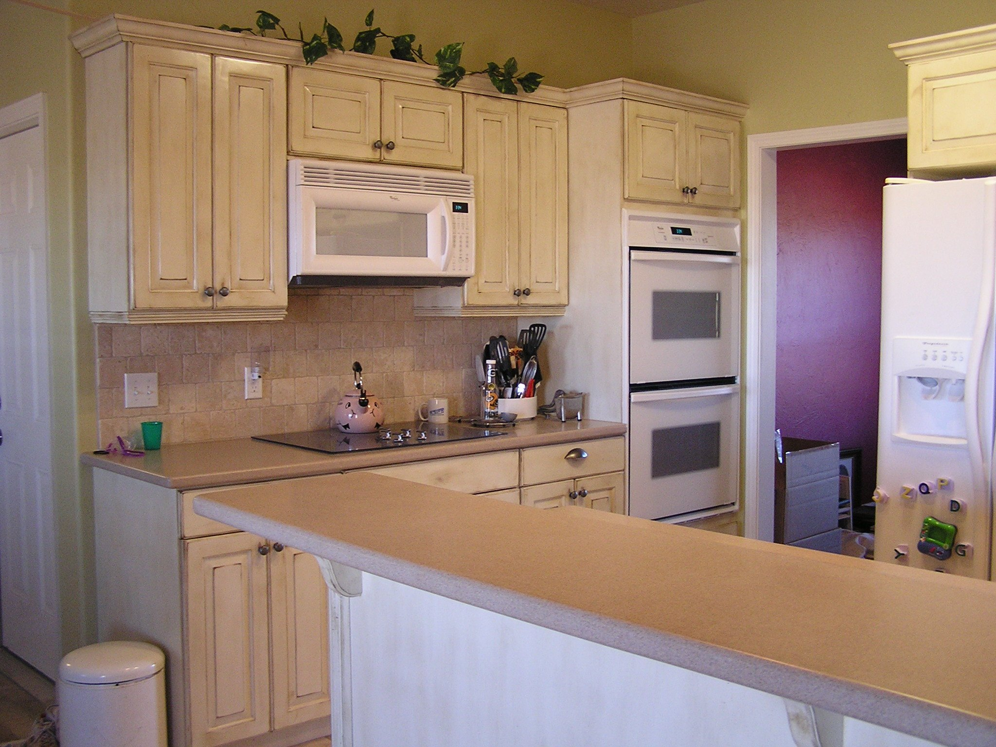 Kitchen cabinets with drawers Photo - 5