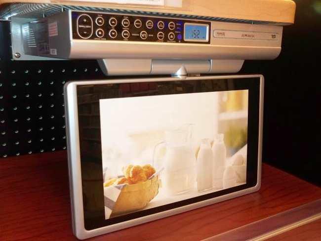 Kitchen cd player under cabinet Photo - 1