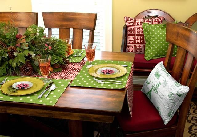 Kitchen chair pillows Photo - 2