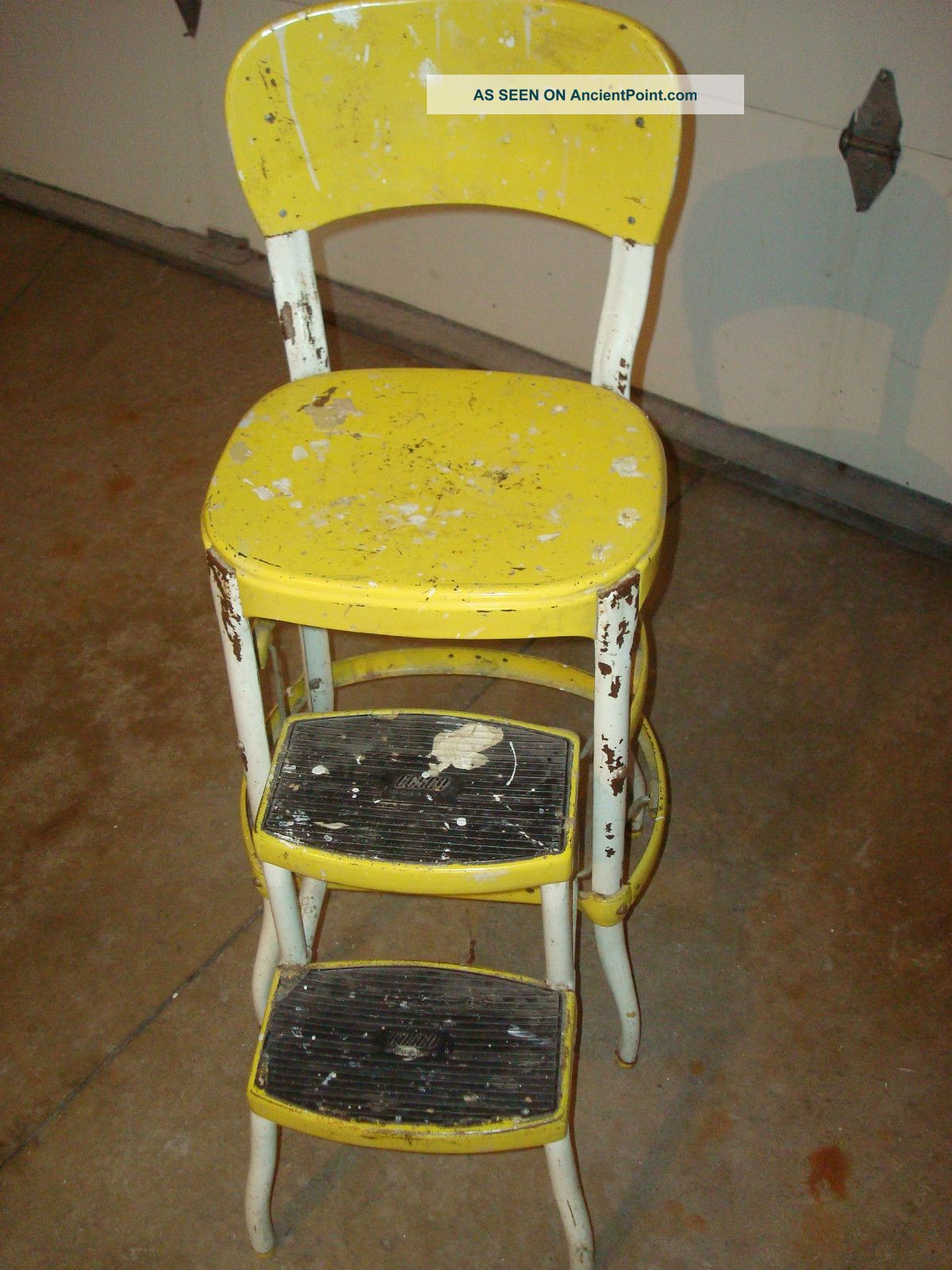 Kitchen chair step stool Photo - 9