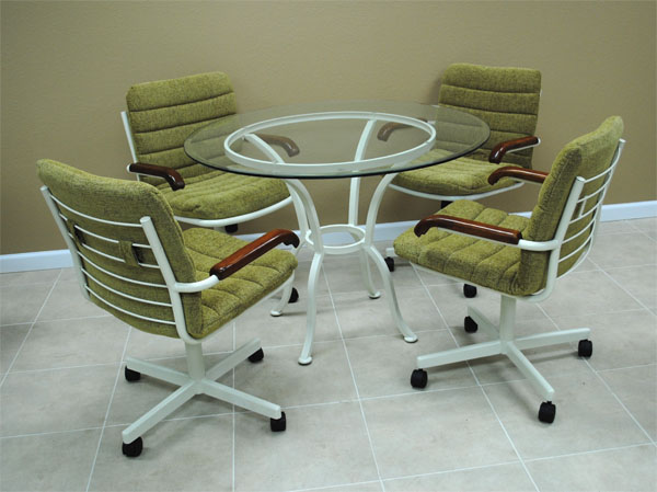 Kitchen chair with casters Photo - 1