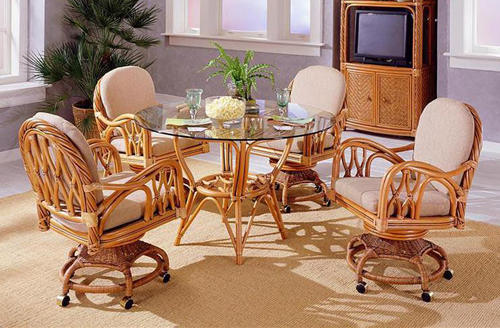 Kitchen chair with casters Photo - 10