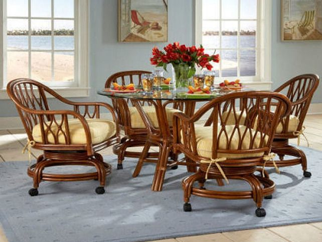 Kitchen chairs on casters Photo - 3
