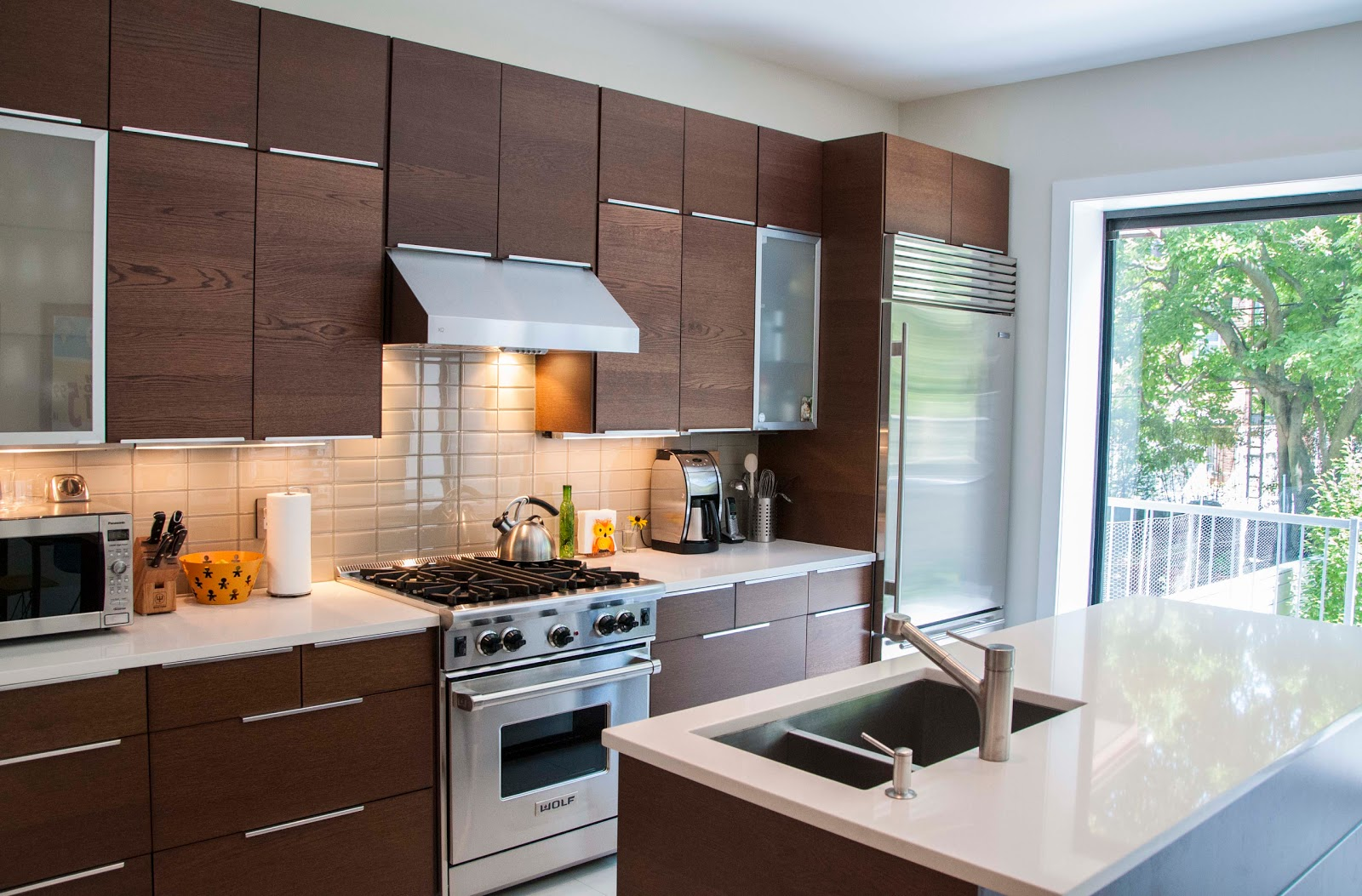 Kitchen countertop organization Photo - 7