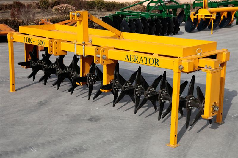 Image Gallery lawn aerators for sale