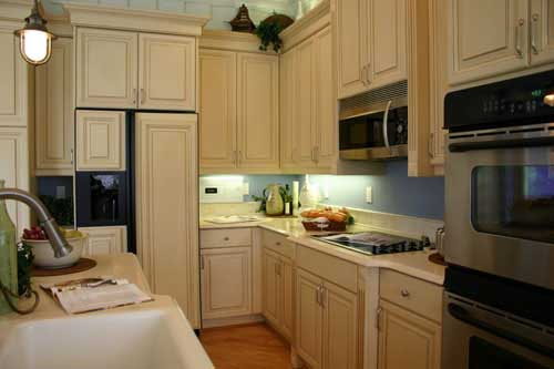 Kitchen food storage cabinets Photo - 6
