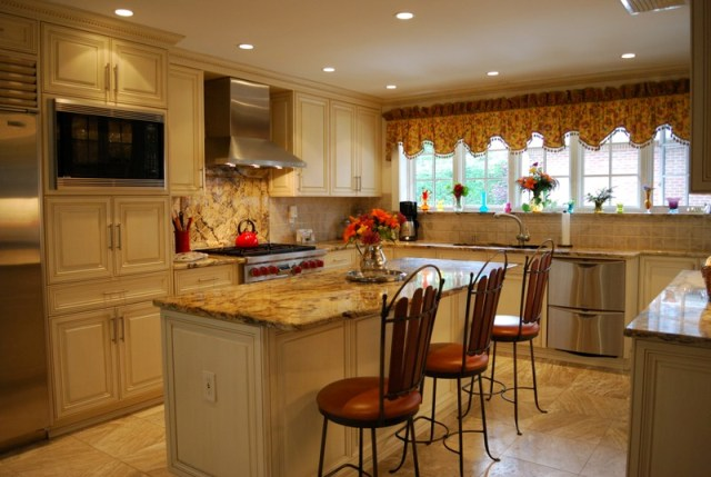 Kitchen free standing cabinets Photo - 9