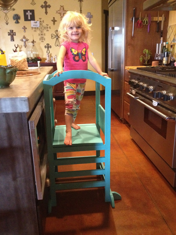 Kitchen helper stool for toddlers Photo - 6