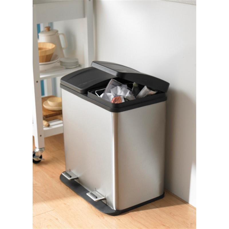 Kitchen Island Trash Bin Kitchen Ideas - Kitchen island with garbage bin