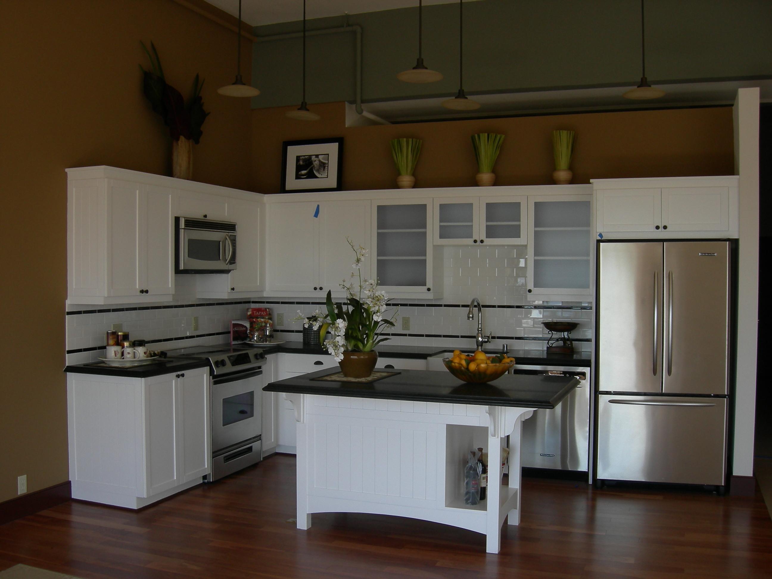 Kitchen microwave cabinet Photo - 9