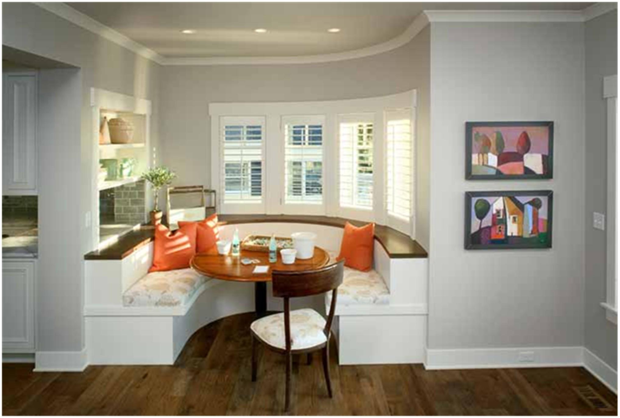 Эркерный диван на кухню виды и фото в интерьере.