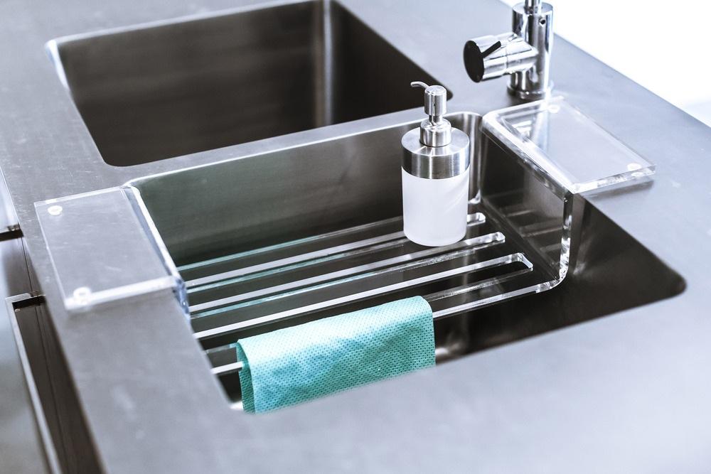 Kitchen sink caddy Photo - 11 | Kitchen ideas on under the sink caddy, under desk caddy, horseshoe kitchen caddy, under sink cabinet caddy, under computer caddy, under sink for cleaning caddy,