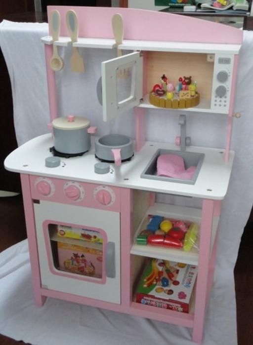 Kitchen sink set photo 12 kitchen ideas for Large kitchen set
