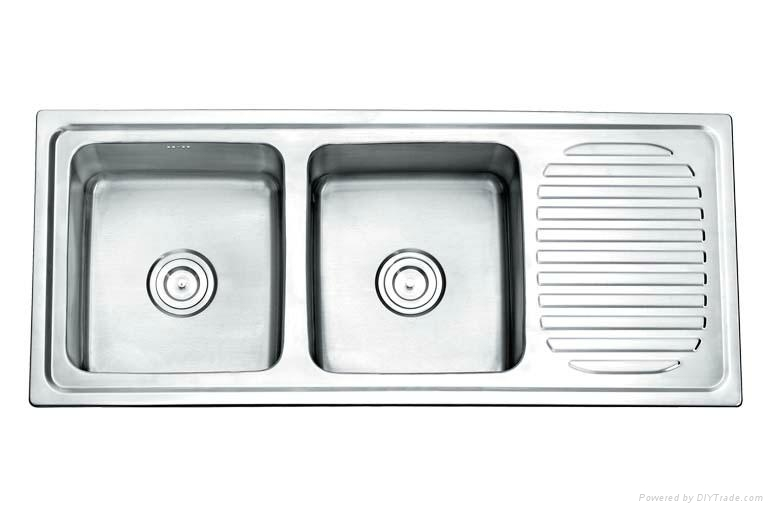 Kitchen sink with drain board Photo - 10